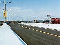 阪神高速道路 南港北出入口付近